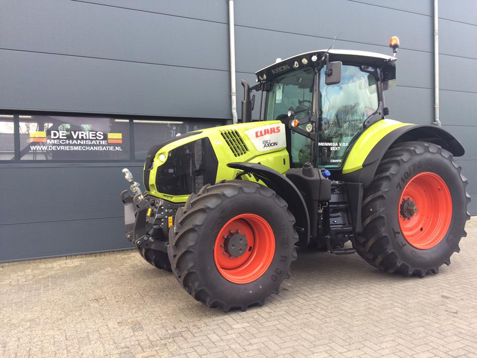 Afgeleverd, 2x CLAAS AXION 810 C-MATIC